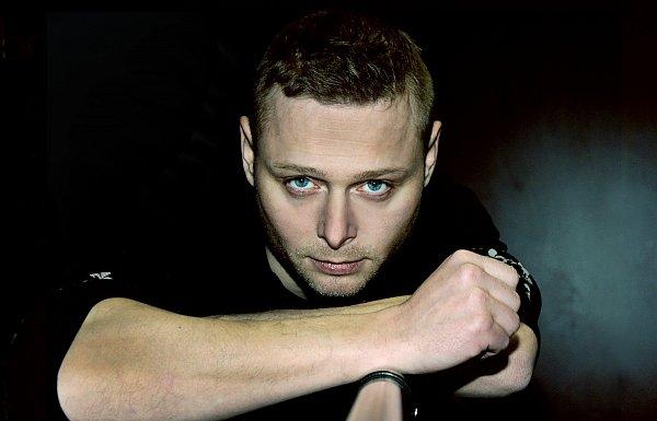Zpěvák a skladatel Jarek Šimek