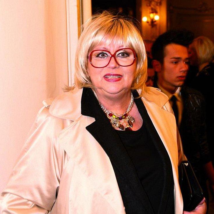Naďa Urbánková před časem prodělala rakovinu. Na jejím zdraví se určitě podepsal i stav domu, ve kterém žije.