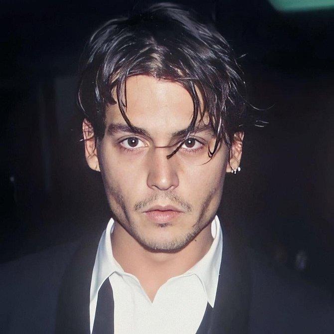 Johnny Depp je idolem žen po celém světě