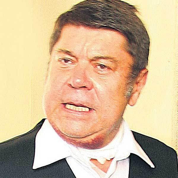 Září 2006 - Štěpánek s obvazem na krku po operaci lymfatických žláz.