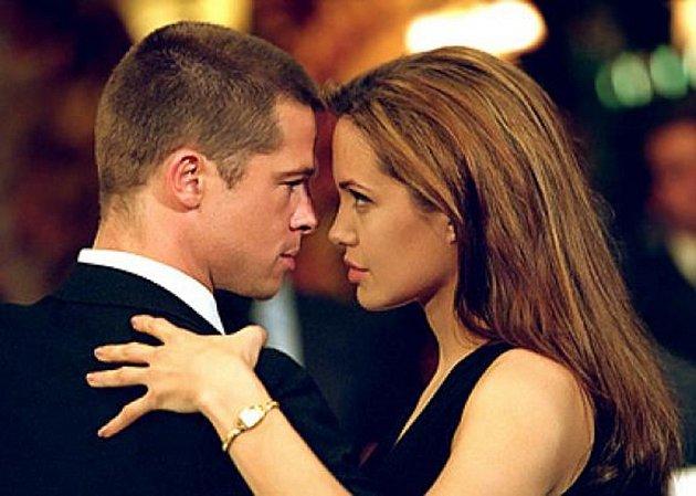 Angelina Jolie a Brad Pitt ve film Mr. & Mrs. Smith…
