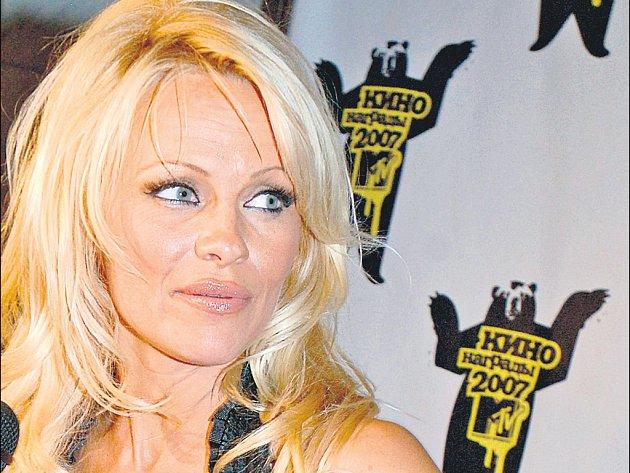 Pamela Anderson potvrzuje. Blondýna to je sex.