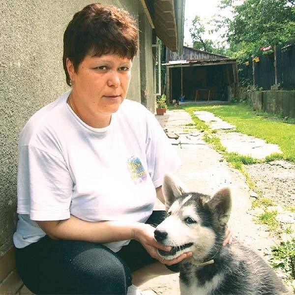 Neznámý travič zabil psa i Lence Uvírové, která si ale hned pořídila nového.
