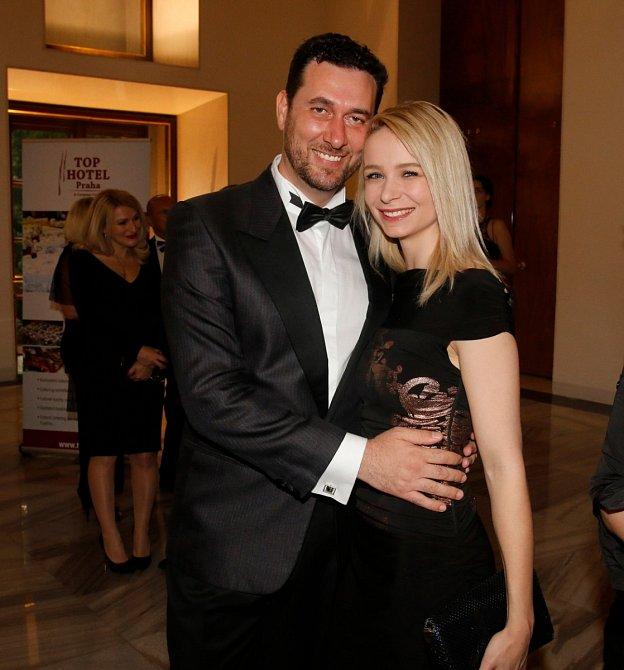 Domenico Martucci se svoji ženou Nikol.