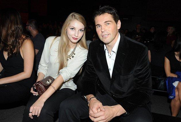 Se svým strejdou má Pavlína velmi blízký vztah.
