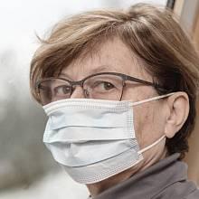 Důchodci výrazně pocítí ekonomický dopad pandemie.