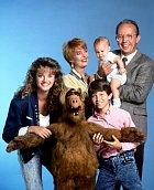 Celá Alfova pozemská rodinka pěkně pohromadě. Herci nešetřili úsměvy, ale natáčení nebylo žádný med.