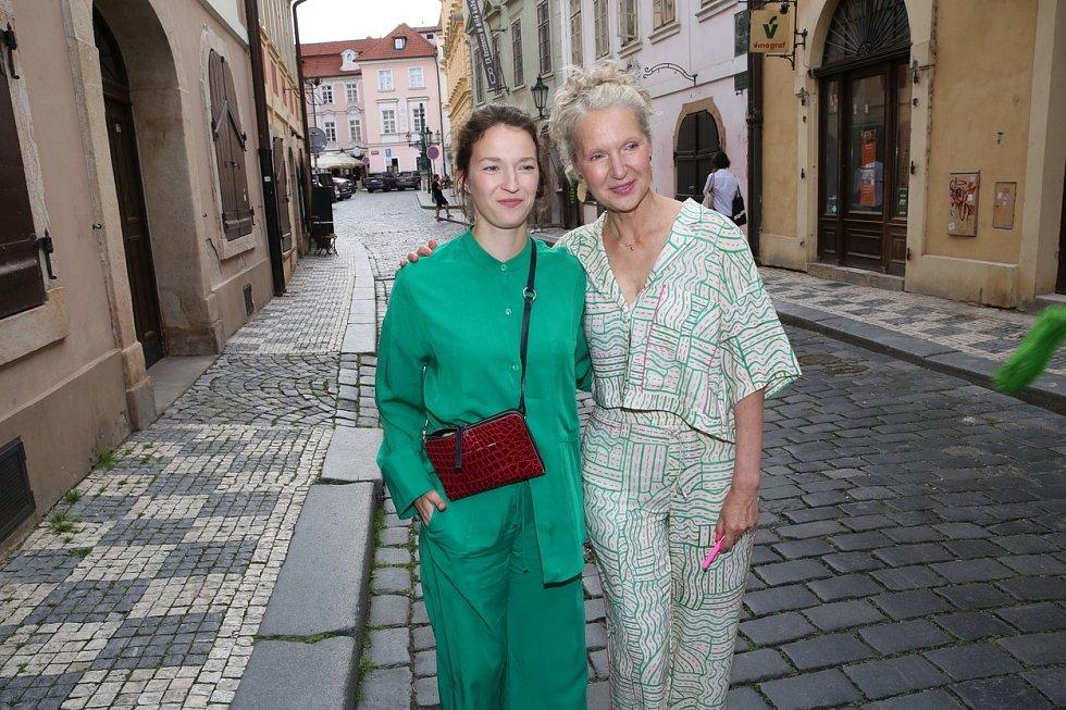 Irena Obermannová a Berenika Kohoutová