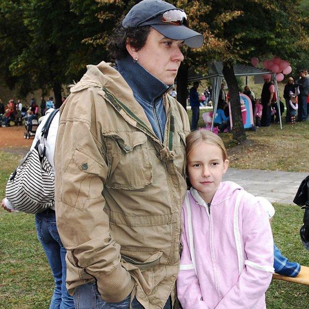 Richard Genzer opustil rodinu, čímž trpí hlavně děti.