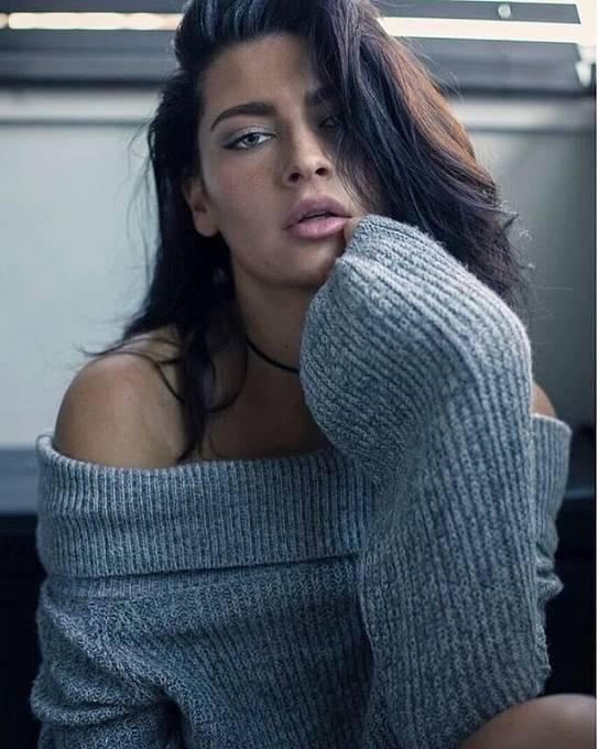 Viviana je absolutně krásná.