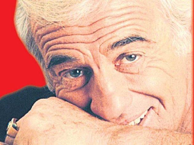 Jean-Paul Belmondo miluje psy. I proto kývl na nabídku na film, ve kterém bude druhou hlavní roli hrát právě psí společník.
