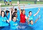 Yvetta Blanarovičová skončila v bazénu.