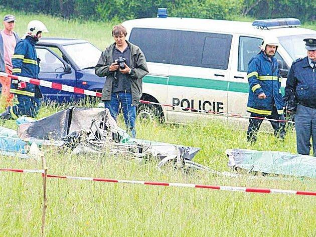 Příčinu pádu vyšetřovali specialisté z letecké inspekce i z Úřadu pro vyšetřování leteckých nehod.