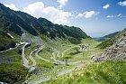 Tuto silnici nechal postavit diktátor Ceausescu, aby se lépe dostával do víkendového sídla.