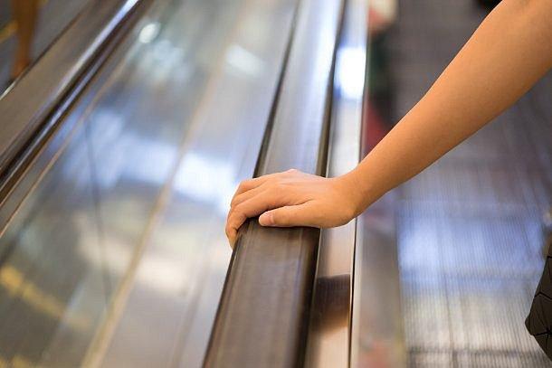 madlo eskalátoru