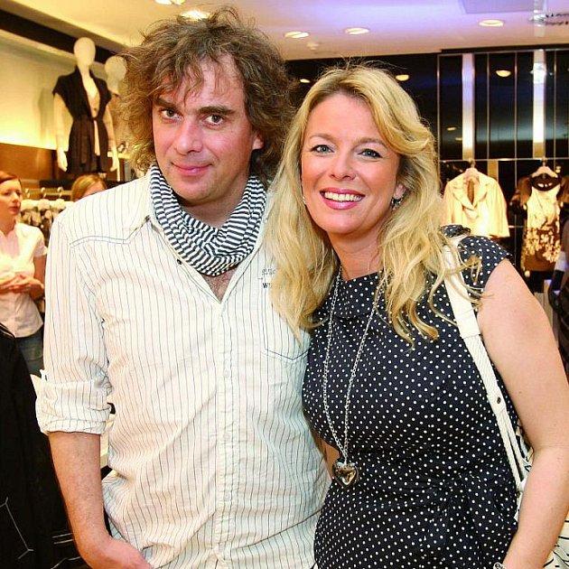 Tomáš Matonoha s manželkou Lucií Benešovou