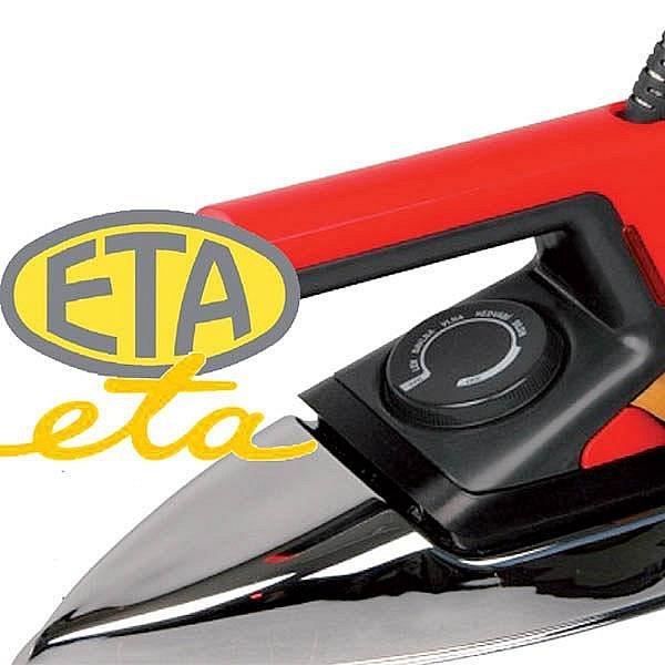 Snad každá česká žena někdy držela v ruce žehličku značky ETA. Známé logo se loni dočkalo nového vzhledu (dole).