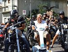 Děda chtěl být vždycky členem motorkářského gangu.