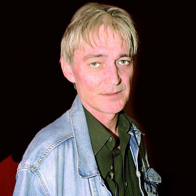 Famózní herec podlehl rakovině.