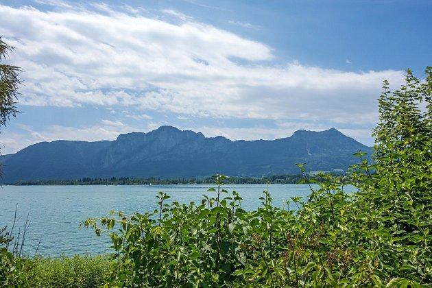 Pokud vás baví jízda na kole, Atterské jezero je to pravé místo.