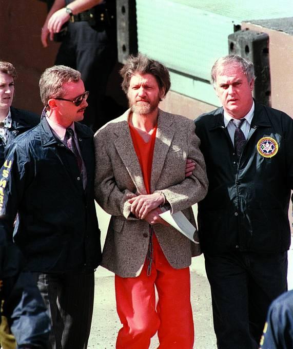 V hledáčku vyšetřovatelů se ocitl i Ted Kaczynski, zvaný Unabomber.