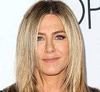 Jennifer Aniston role Rachel proslavila, další role se jen hrnuly a vidět jsme ji mohli třeba ve filmu Millerovi na tripu. Vzala si Brada Pitta a taky se s ním rozvedla. Momentálně se rozvádí podruhé.