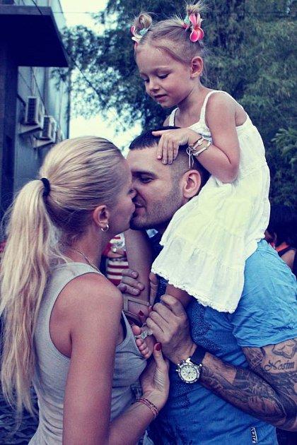 SPatrikem tvoří krásnou rodinku.
