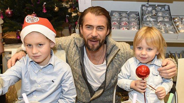 Bořek Slezáček se svými syny