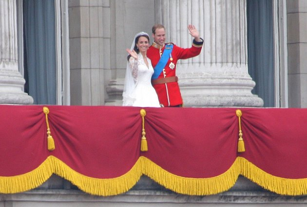 Na den svatby Williama a Kate byl vyhlášen státní svátek.