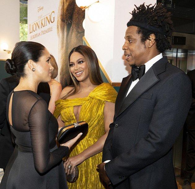 Meghan Markle na premiéře filmu Lví král