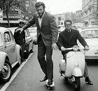 Clint Eastwood na skatu v Římě.