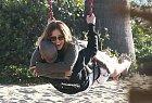 Se svým parnterem Casperem Smartem dováděla i herečka Jennifer Lopez.