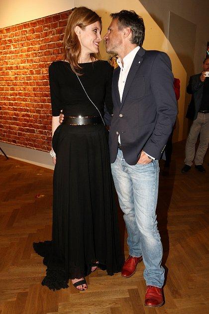 Janek Ledecký a slovenská herečka Silvia Šuladová