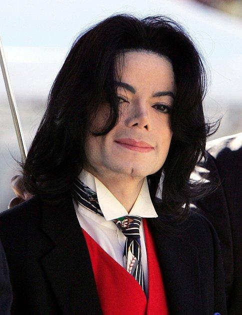 Jackson nemá ani po smrti klid…