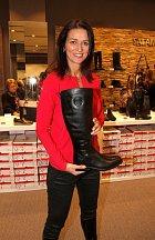 Herečka miluje nakupování bot.