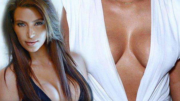 Kim Kardashian zase způsobila poprask. Pochopitelně jde o prsa...