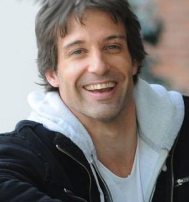 Segundo Cernadas si po Divokém andělovi zahrál v pár dalších seriálech. Jinak toho o něm mnoho není známo. Soukromí si střeží jako oko v hlavě.