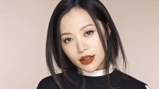 Michelle Phan se také stáhla do ústraní.