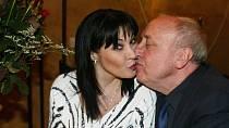 Felix Slováček svou manželku naštval nedodržováním vládních nařízení.