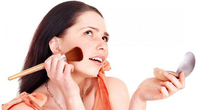 Aby kosmetika splnila svůj účel, nesmí být prošlá nebo poškozená.