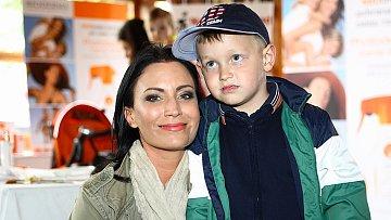 Gábina Partyšová se synem Kristiánem