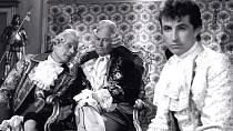 Princ z černobílé Popelky býval tehdy velkým idolem dívek.á