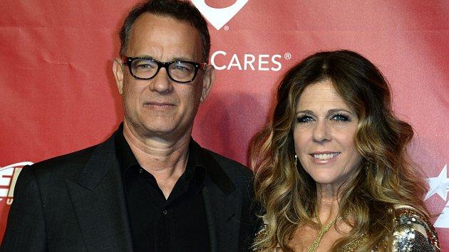 Tom Hanks a Rita Wilsonová