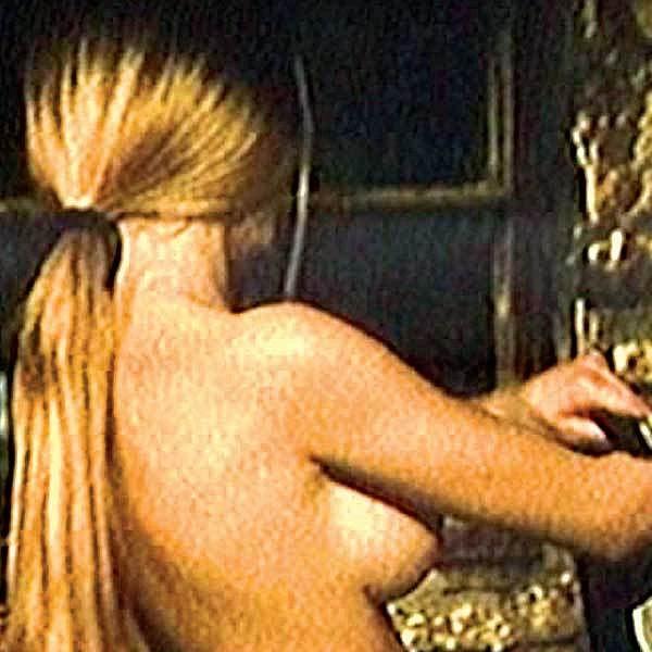 Ve Fontáně pro Zuzanu toho Eva moc neukázala.