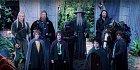 Společenstvo prstenu, které bylo ustanoveno na schůzi rady v Roklince čítalo v první řadě Froda, který řekl, že Prsten donese do Mordoru. Postupně se k němu přidalo dalších osm společníků a Elrond tuto skupinu nazval Společenstvem prstenu.