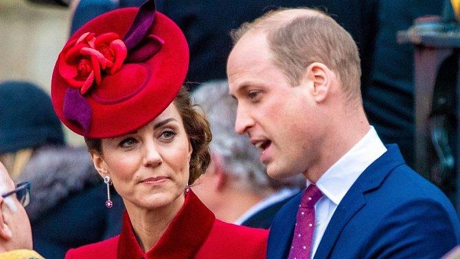 Princ William a Kate občas nechají své fanoušky nahlédnout do svého soukromí.
