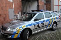 Nová policejní auta se v Ostravě neohřejí...