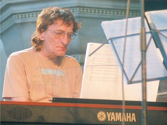 Marián Varga nadchl posluchače spolu s Moyzesovým kvartetem na festivalu Colours of Ostrava.
