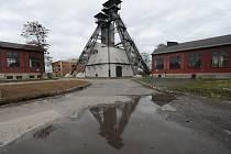 Zloději se vydali do areálu bývalého dolu Bezruč, kde poničili památkově chráněný těžní stroj.