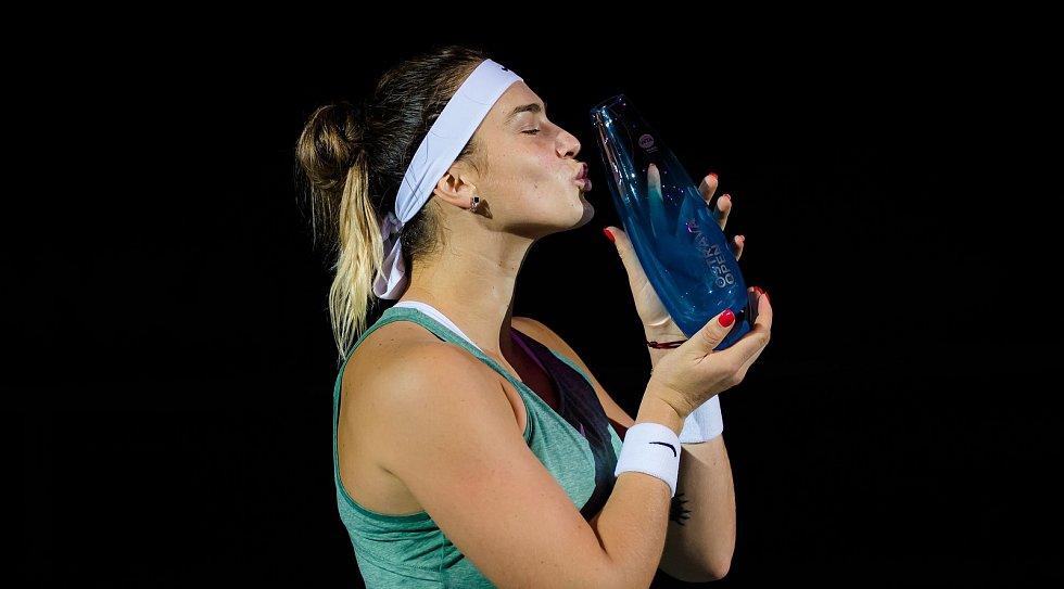 ZAZÁŘILA. Dvaadvacetiletá tenistka Aryna Sabalenková vyhrála špičkový turnaj J&T Banka Ostrava Open 2020. A to jak ve dvouhře, tak ve čtyřhře.
